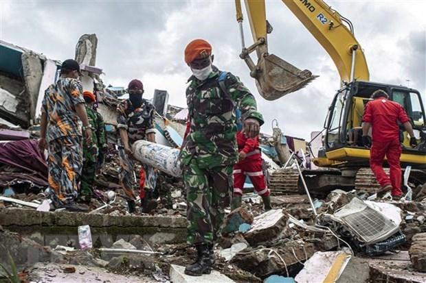 Vietnam expresa condolencias a Indonesia por terremoto y accidente aereo hinh anh 1