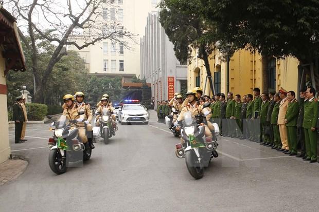 Policia de Hanoi despliega medidas para garantizar seguridad del XIII Congreso Nacional del Partido hinh anh 1