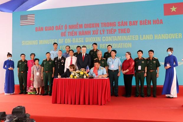 Avanza proyecto de neutralizacion de dioxina en aeropuerto vietnamita hinh anh 2