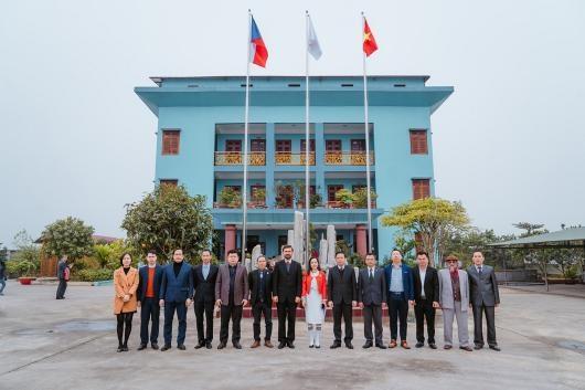 Empresa checa respalda produccion de rodillos industriales en provincia vietnamita hinh anh 1