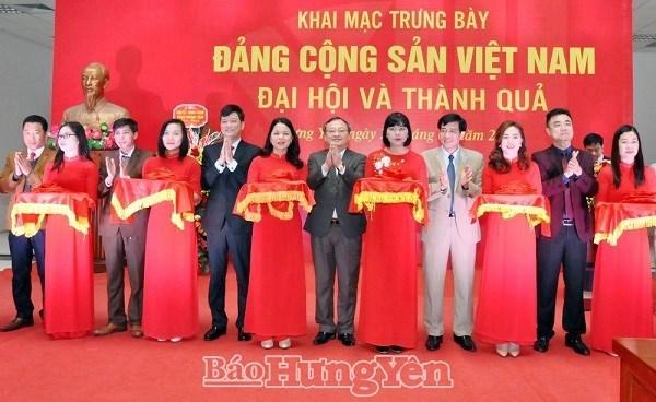 """Inauguran exposicion """"Partido Comunista de Vietnam - Congreso y Resultado"""" en provincia nortena hinh anh 1"""