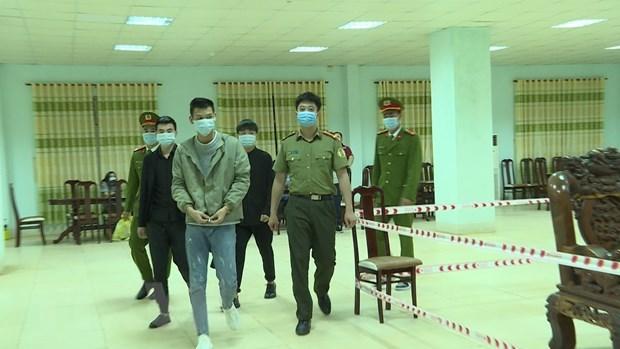 Detienen a extranjeros por entrar ilegalmente en Vietnam hinh anh 1