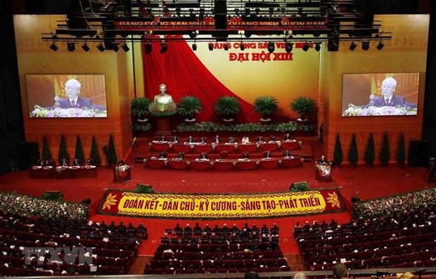 Periodico laosiano destaca significado de la magna cita partidista de Vietnam hinh anh 1