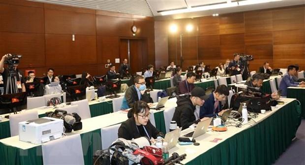 Reporteros extranjeros depositan grandes esperanzas en el futuro de Vietnam hinh anh 1