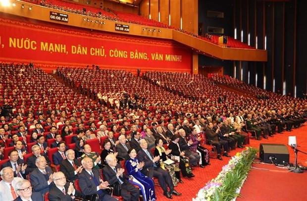 Sesiona segunda jornada oficial del XIII Congreso Nacional del Partido Comunista de Vietnam hinh anh 1