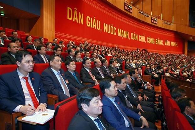 Prosiguen debate de documentos del XIII Congreso partidista de Vietnam hinh anh 2