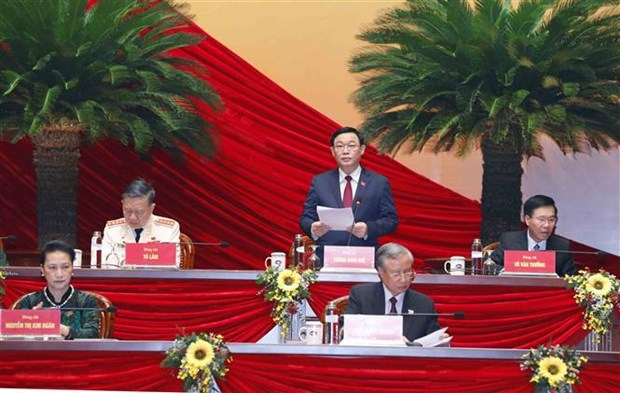 Prosiguen debate de documentos del XIII Congreso partidista de Vietnam hinh anh 1