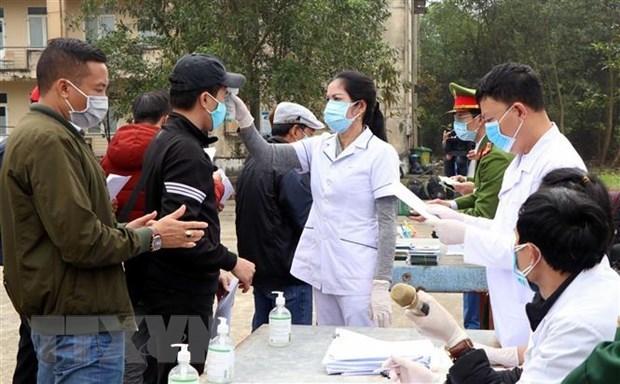 Vietnam registra 28 casos nuevos de COVID-19, entre ellos 27 locales hinh anh 1