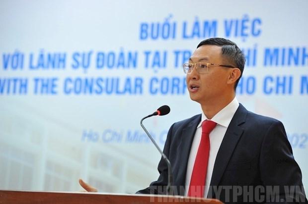 Organizan encuentro con representantes diplomaticas en Ciudad Ho Chi Minh hinh anh 1