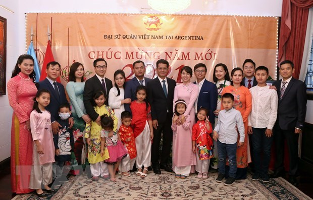 Comunidad vietnamita en Argentina se une al ambiente festivo del Tet hinh anh 2