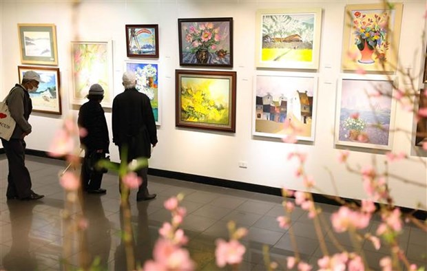 Efectuan en Hanoi exposicion de arte con motivo del Ano Nuevo Lunar hinh anh 1