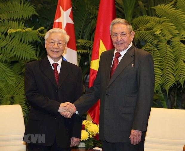 Primer secretario del Partido Comunista de Cuba felicita al maximo dirigente de Vietnam hinh anh 1