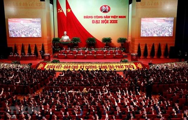 Vietnamitas en Europa del Este expresan confianza con exito del Congreso Nacional partidista hinh anh 1