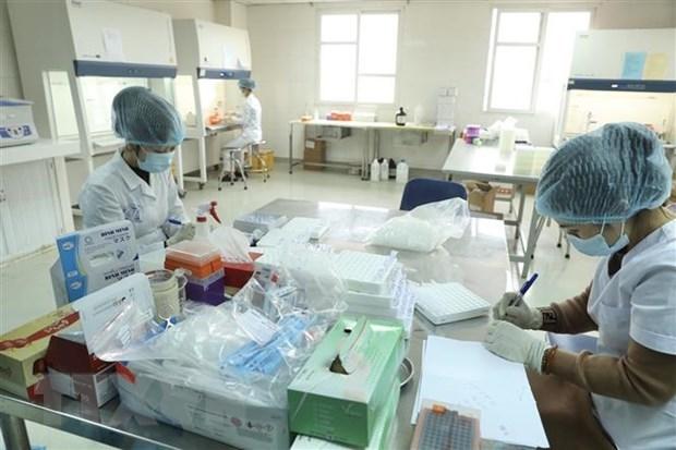 Hanoi realiza miles pruebas para detectar COVID-19 hinh anh 1