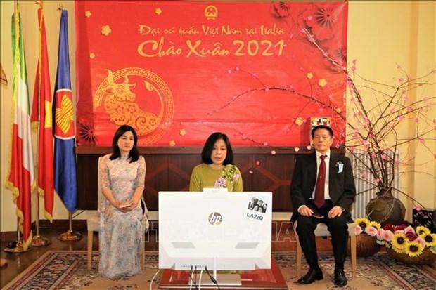 Vietnamitas en Australia, Italia y Tanzania celebran el Tet hinh anh 2