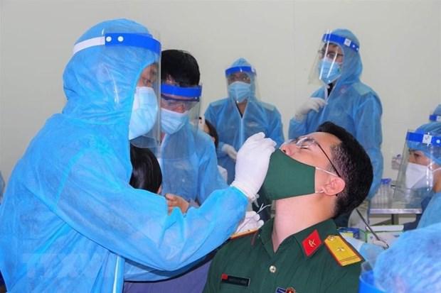 Detectan dos nuevos casos de COVID-19 relacionados con el brote en Ciudad Ho Chi Minh hinh anh 1