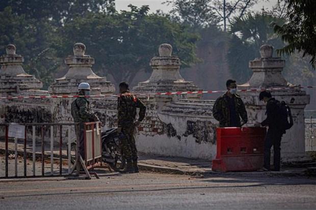 Myanmar: Toque de queda impuesto en Mandalay en medio de protestas generalizadas hinh anh 1