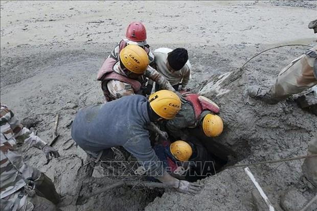 Primer ministro vietnamita envia condolencias a homologo indio por graves inundaciones hinh anh 1