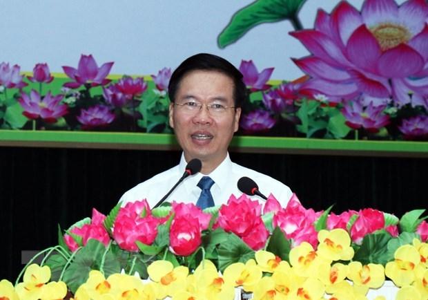 Dirigente partidista de Vietnam extiende a soldados felicitaciones de Ano Nuevo Lunar hinh anh 1