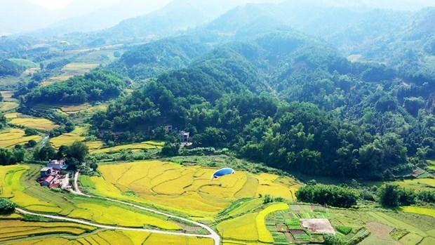 Descubren la tierra pristina de Binh Lieu en Vietnam hinh anh 1