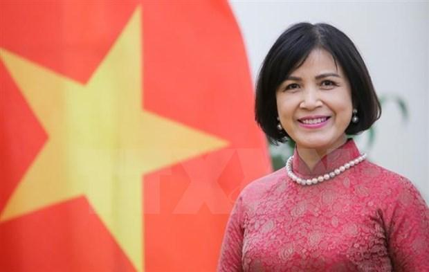 Felicita Vietnam a la primera mujer directora general de la OMC hinh anh 1