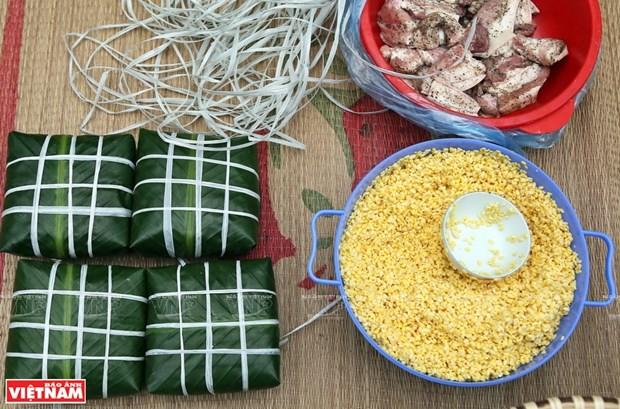 Comuna vietnamita de Hung Lo, famosa por elaboracion de pastel tradicional para honrar a los ancestros hinh anh 1
