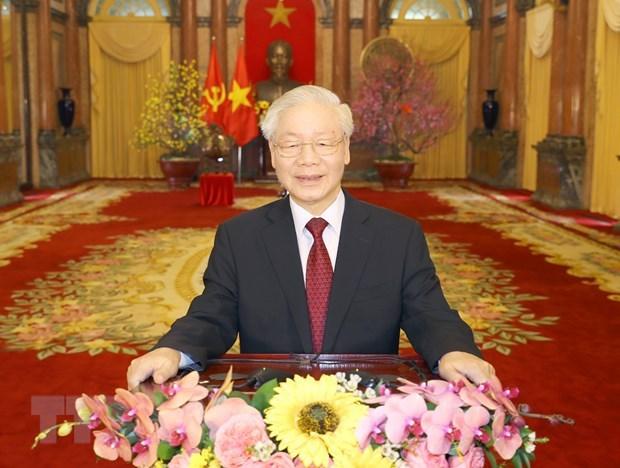 Lideres y amigos internacionales siguen felicitando al maximo dirigente de Vietnam hinh anh 1