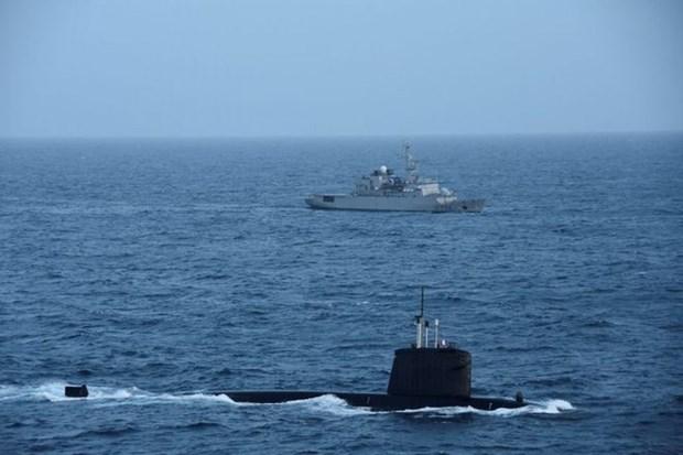 Llama Vietnam a contribucion de paises a la paz y estabilidad en Mar del Este hinh anh 1