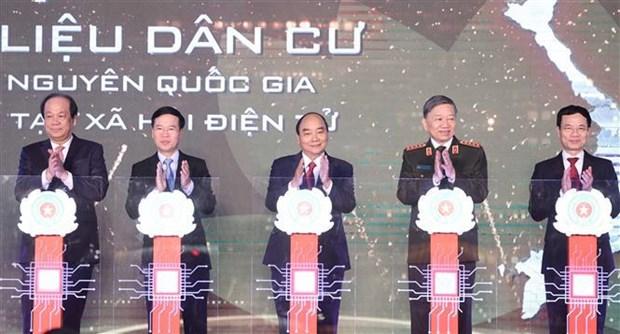Pide premier de Vietnam acelerar transformacion digital en gestion poblacional hinh anh 1