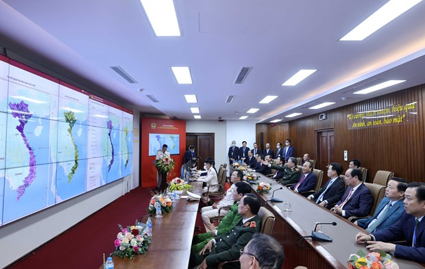 Pide premier de Vietnam acelerar transformacion digital en gestion poblacional hinh anh 2