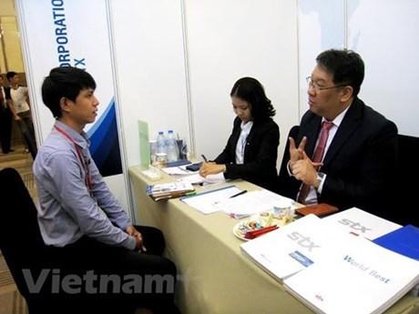 Lanzan campana para brindar 90 mil puestos laborales a jovenes vietnamitas hinh anh 1