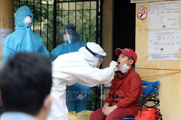 Vietnam reporta tres nuevos casos importados del COVID-19 hinh anh 1