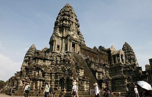 Reliquia de Angkor recibe a cuatro mil visitantes extranjeros en enero y febrero hinh anh 1