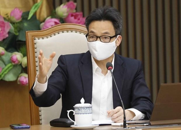 Ministro de Salud de Vietnam pide acelerar la investigacion y produccion de vacunas domesticas hinh anh 1