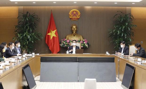 Ministro de Salud de Vietnam pide acelerar la investigacion y produccion de vacunas domesticas hinh anh 2