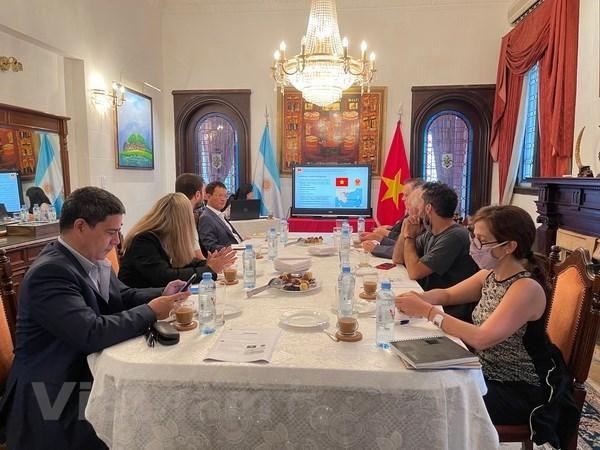 Actualizan situacion de Vietnam a prensa argentina hinh anh 1
