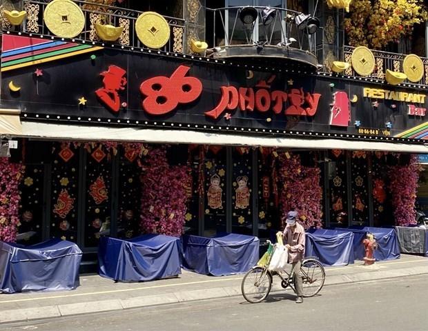 Permanecen cerrados discotecas, bares y salones de karaoke en Ciudad Ho Chi Minh hinh anh 1