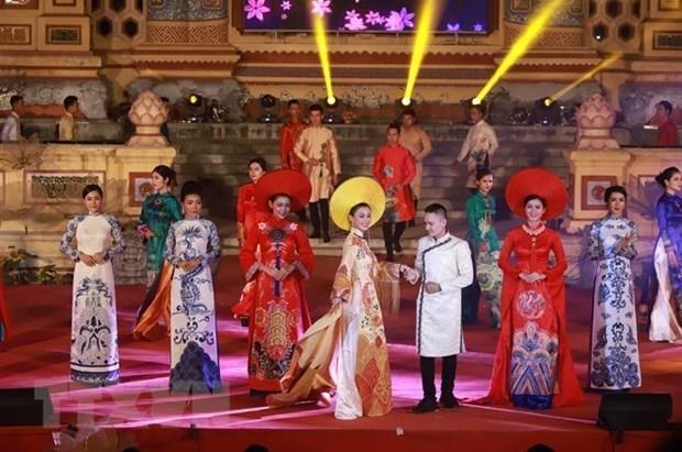 Ya es hora de registrar el traje tradicional Ao Dai de Vietnam en lista de patrimonio cultural hinh anh 1