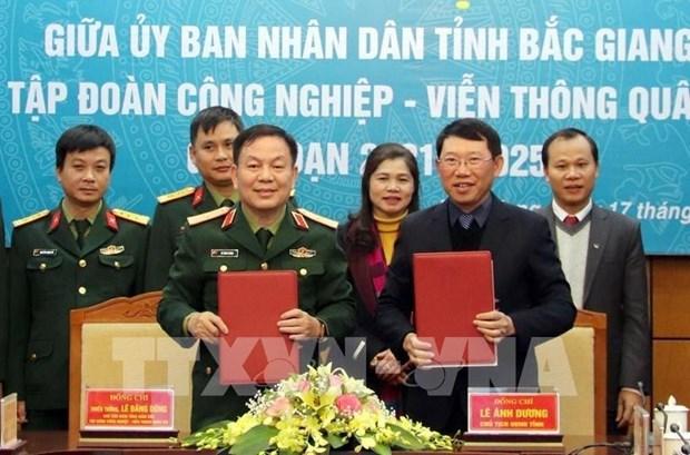Promueven cooperacion entre Viettel y provincia de Bac Giang en transformacion digital hinh anh 1