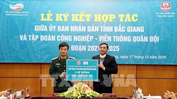 Promueven cooperacion entre Viettel y provincia de Bac Giang en transformacion digital hinh anh 2