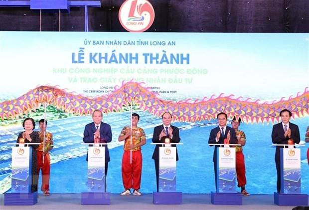 Premier exige a provincia vietnamita de Long An garantizar desarrollo sostenible hinh anh 2