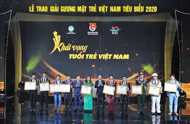 Honran a 10 rostros jovenes mas destacados de Vietnam en 2020 hinh anh 1