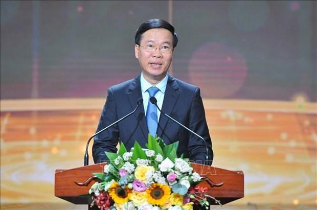 Honran a 10 rostros jovenes mas destacados de Vietnam en 2020 hinh anh 2