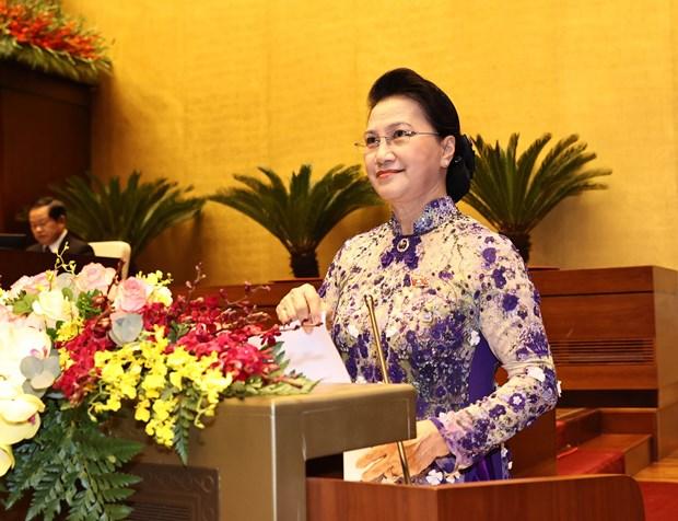 XI periodo de sesiones parlamentarias pavimenta desarrollo del aparato estatal vietnamita hinh anh 1