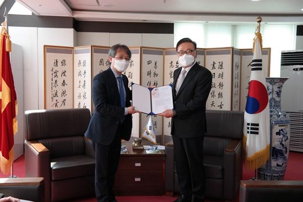 Agilizan cooperacion entre Vietnam y localidades sudcoreanas hinh anh 1