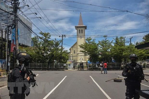 Policia indonesia incauta explosivos relacionados con ataque a iglesia hinh anh 1
