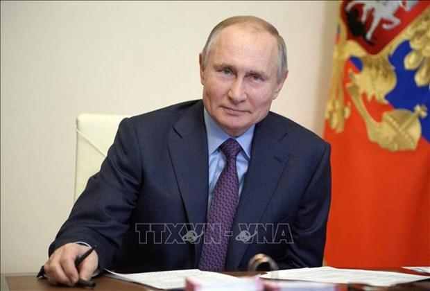 Rusia honra a diplomatico y jefes castrenses de Vietnam con Orden de Amistad hinh anh 1