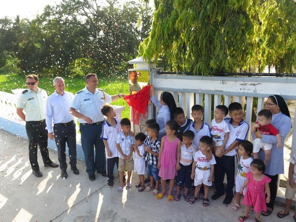 Embajada de Canada en Vietnam inaugura obra caritativa en provincia de Khanh Hoa hinh anh 1