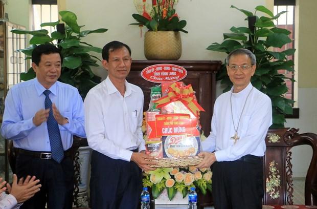 Felicitan a catolicos en provincia vietnamita de Vinh Long en ocasion de Pascua hinh anh 1