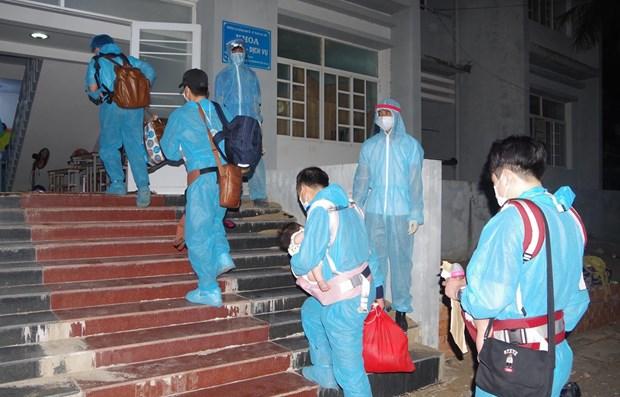 Vietnam reporta tres casos importados del COVID-19 hinh anh 1
